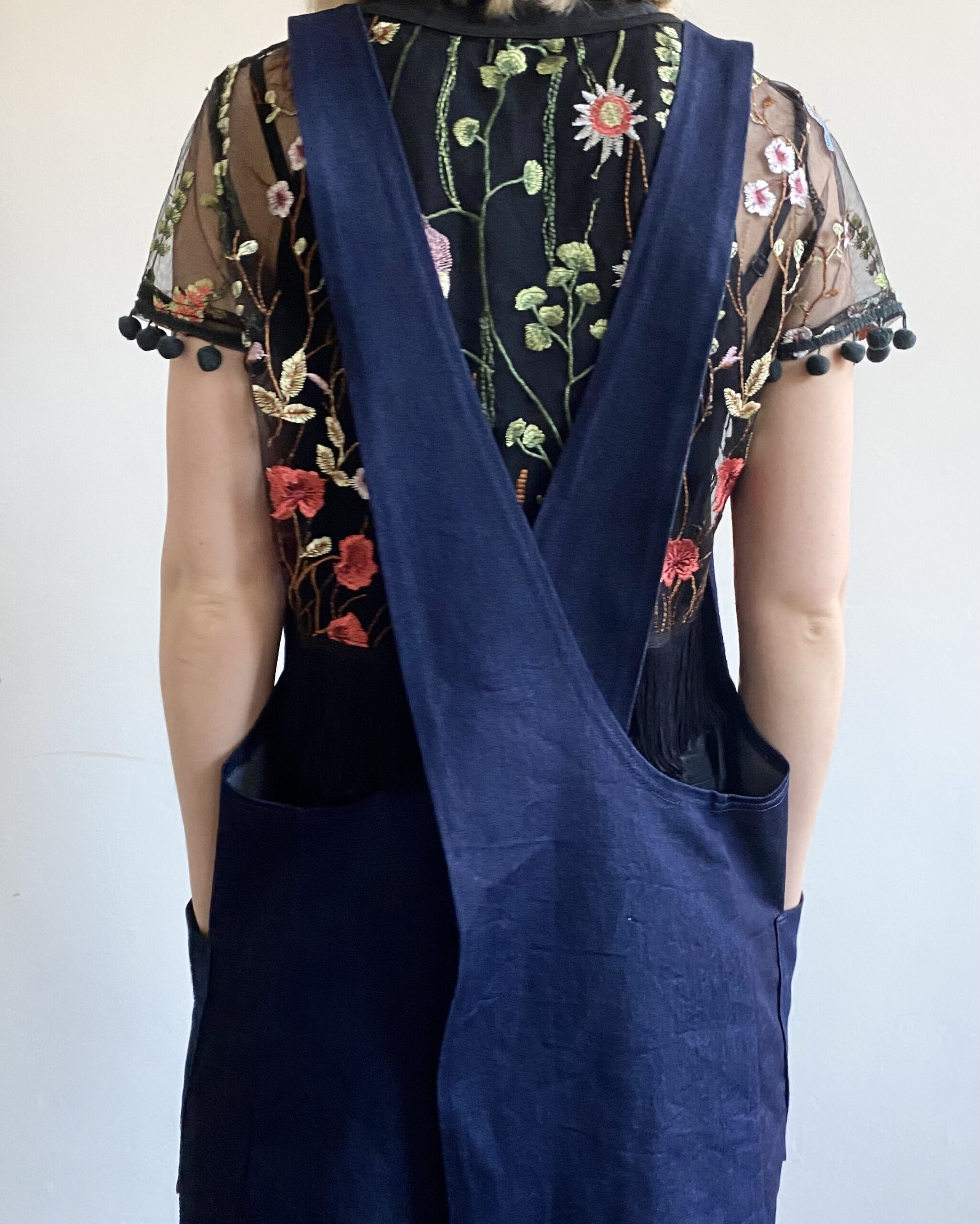 organic cotton denim cross-back apron