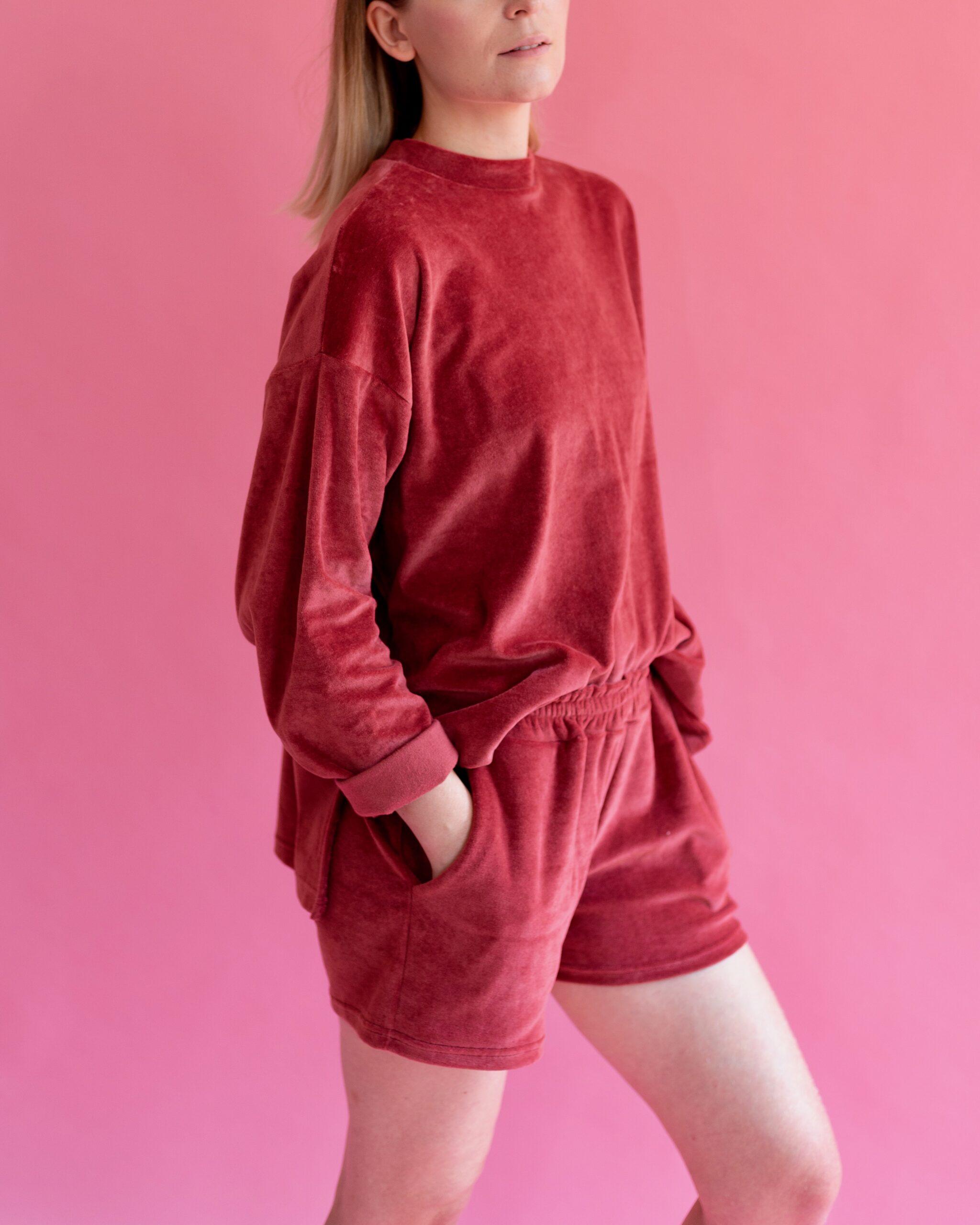 organic cotton velvet shorts in rose pink